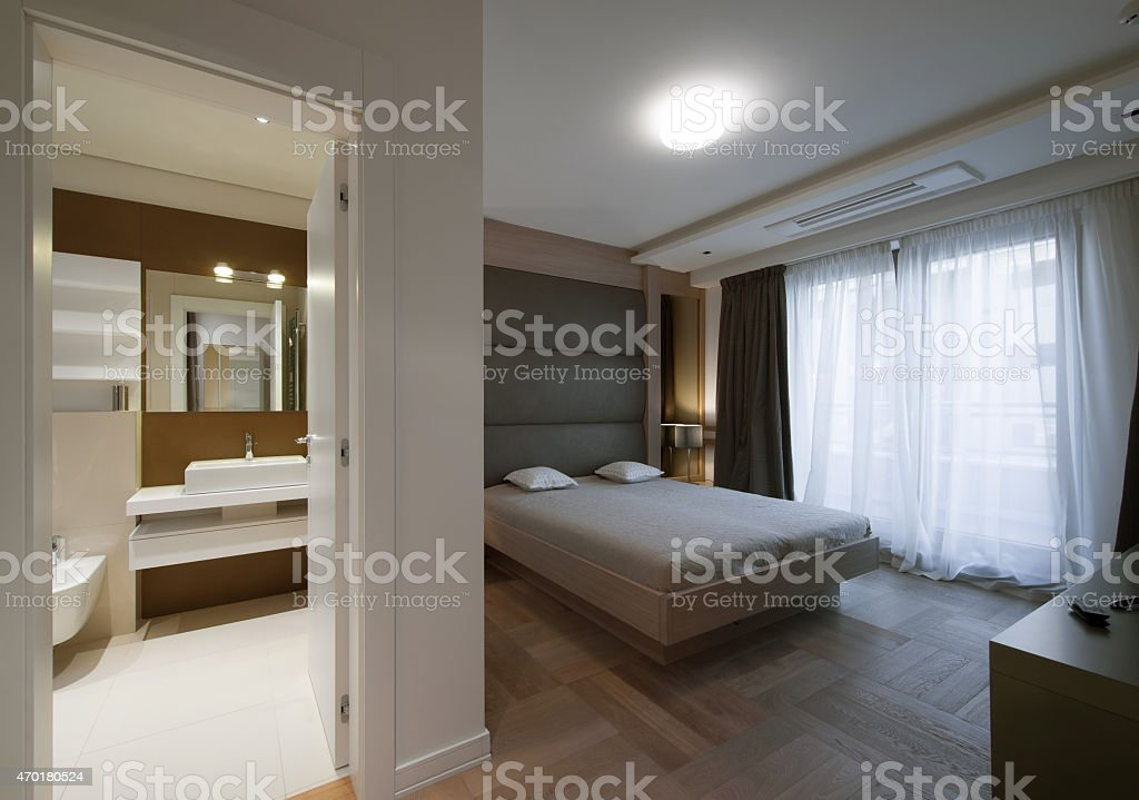 Modern Interieur Wit : Modern hotel room wit bathroom stock photo more pictures of