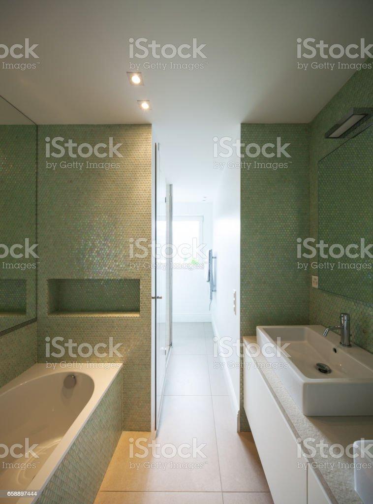 Photo libre de droit de Maison Moderne Toilettes Modernes banque d\'images  et plus d\'images libres de droit de {top keyword}