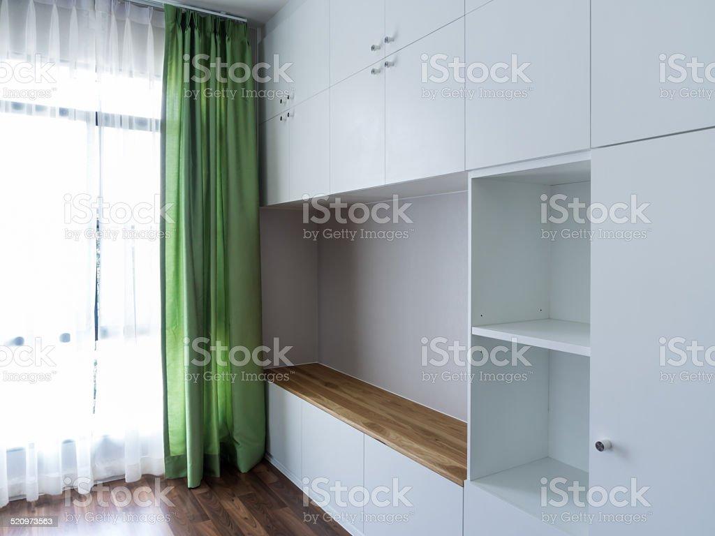 Modernes Interieur Mit Leeren Schrank Im Arbeitszimmer Stockfoto