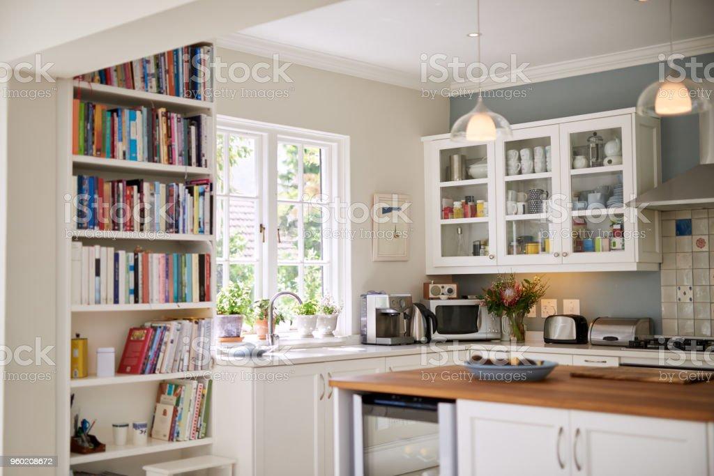 Moderne keuken voor modern wonen - Royalty-free Aanrecht Stockfoto