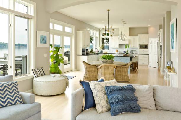 moderne keuken woonkamer hone ontwerp met open concept - interior design stockfoto's en -beelden