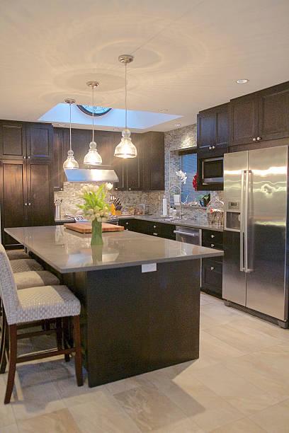 moderne küche - küche neu gestalten ideen stock-fotos und bilder