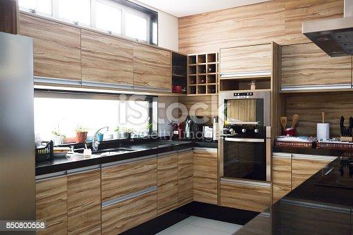 676153162 istock photo Modern Kitchen 850800558