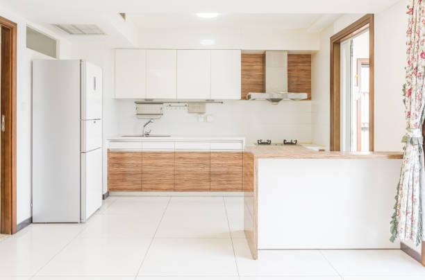moderne küche - kochinsel stock-fotos und bilder