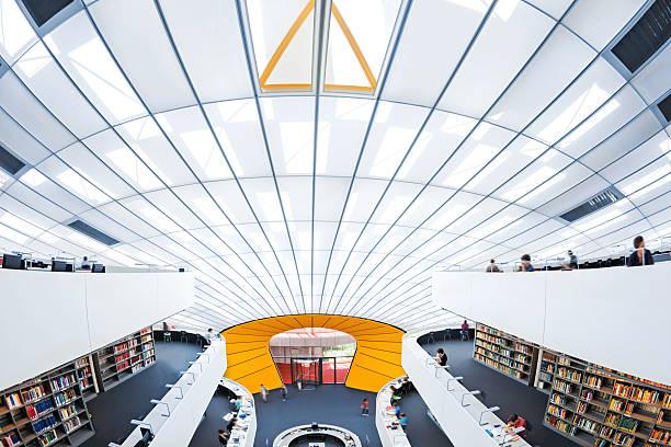 die moderne bibliothek - deutsche bibliothek stock-fotos und bilder