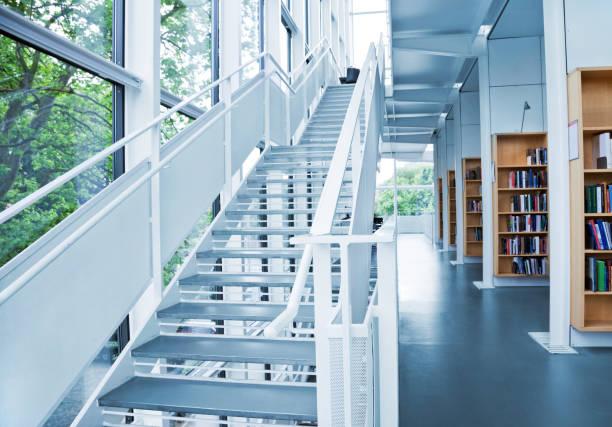 modern library bildbanksfoto