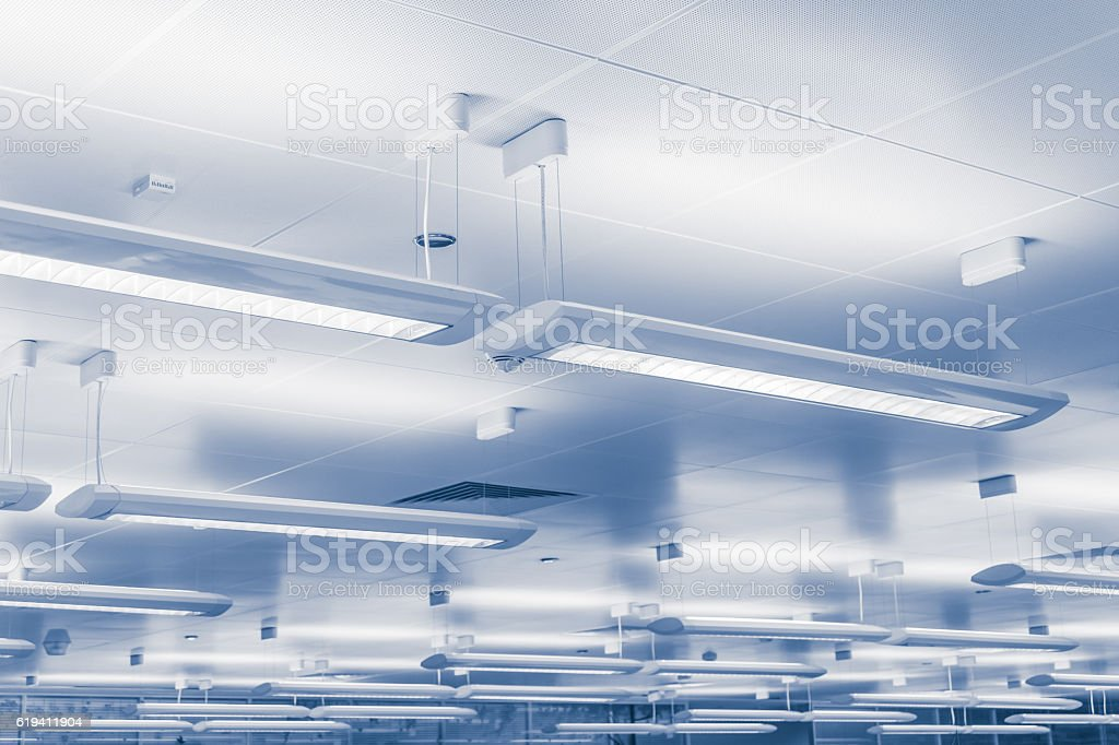 Modern lighting bars indoors – Foto