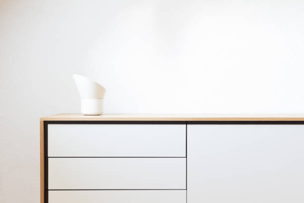 modern living, interior design. minimalism, simplicity, scandinavian design - sideboard imagens e fotografias de stock
