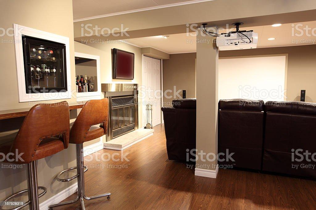 Moderne Wohnzimmer Und Heimkino Lizenzfreies Stock Foto