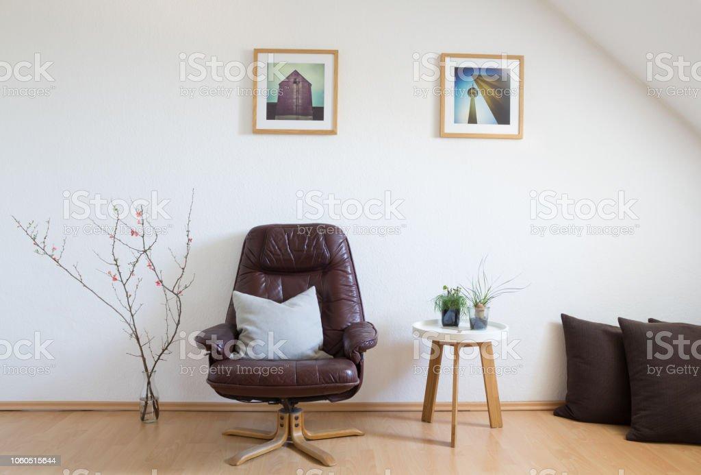 media.istockphoto.com/photos/modern-living-room-in...