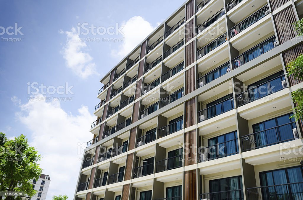 Luxo moderno apartamento quarteirão - foto de acervo