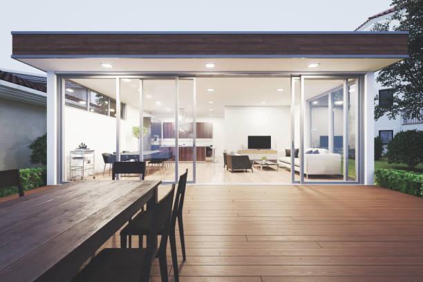 moderne luxus villa showcase patio - outdoor esszimmer stock-fotos und bilder