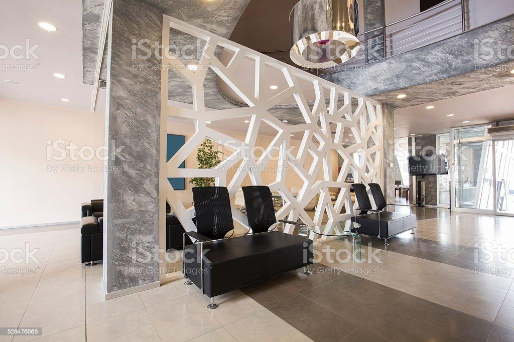 Interni di lusso moderno hall dellhotel fotografie stock for Interni lusso