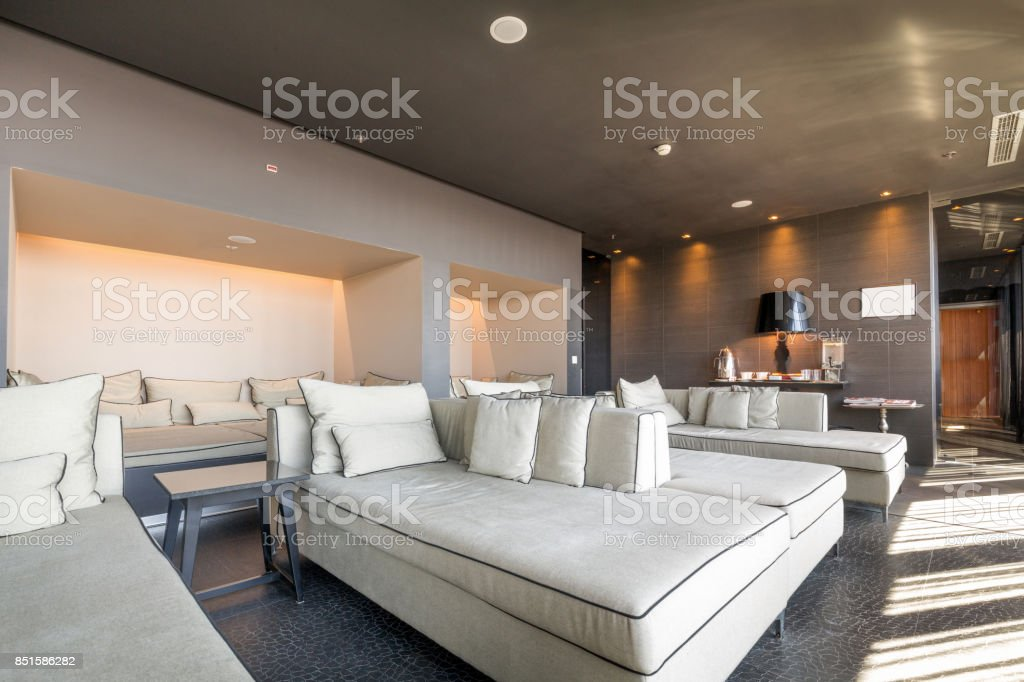 Modern Luxury Hotel Lounge Stock Photo - Download Image Now ...