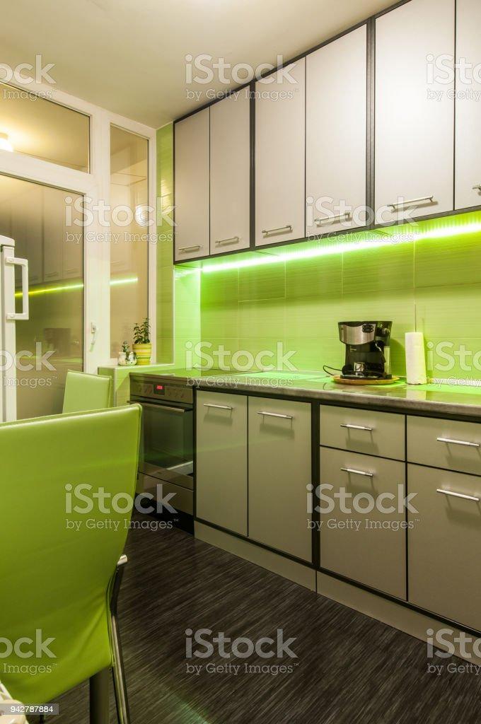 Moderne Luxusküche Luxus Wohnung Innen Stockfoto und mehr ...