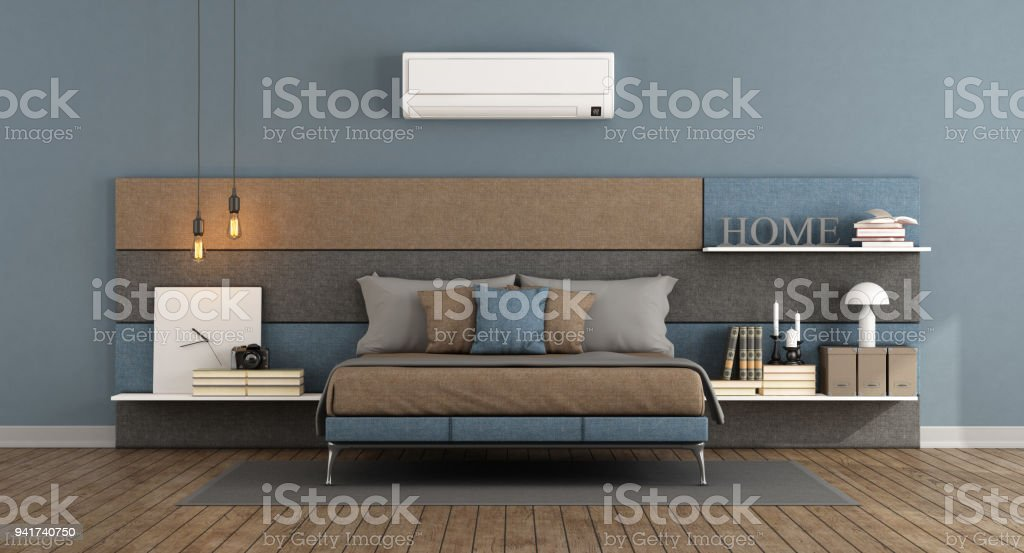 Modern master bedroom with air conditioner - foto stock