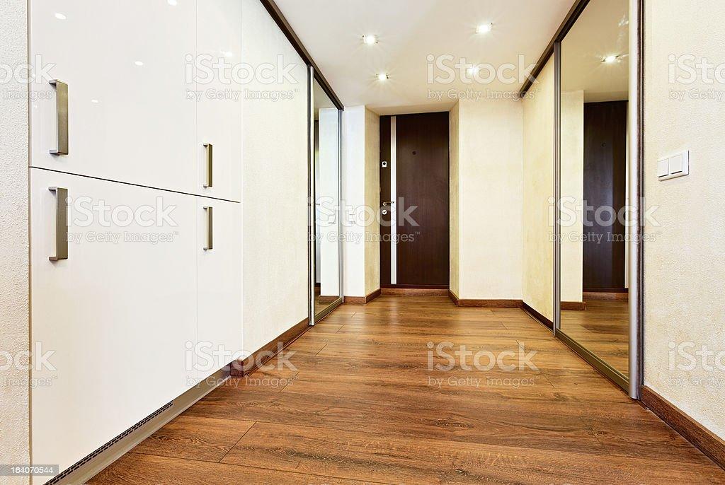 Minimalisme moderne style couloir intérieur - Photo