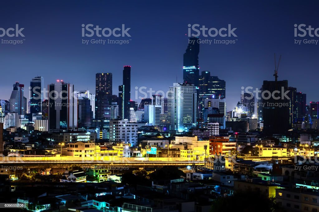 Modern night cityscape of Bangkok Thailand圖像檔