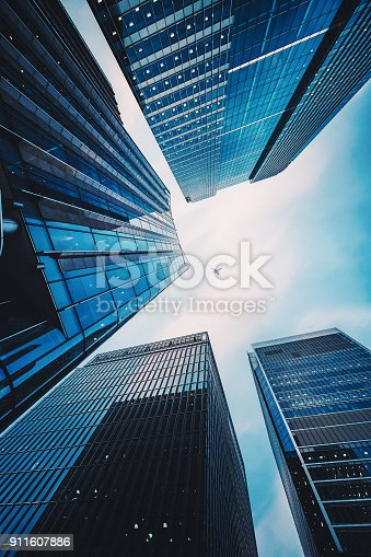 istock Modern Office Architecture 911607886