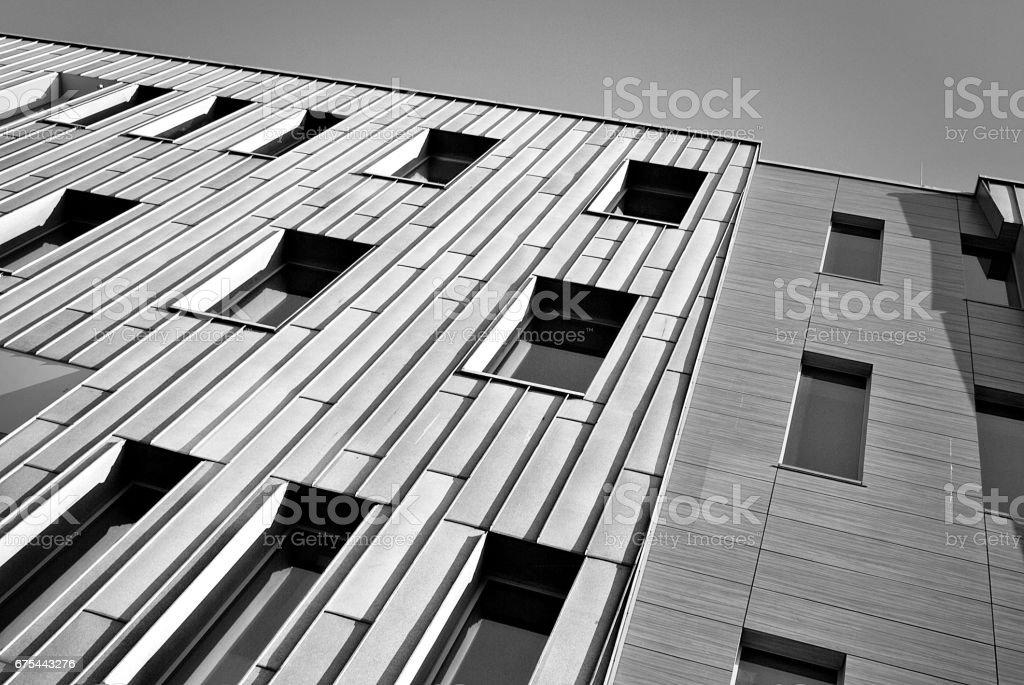 Modern ofis binası. Siyah ve beyaz royalty-free stock photo