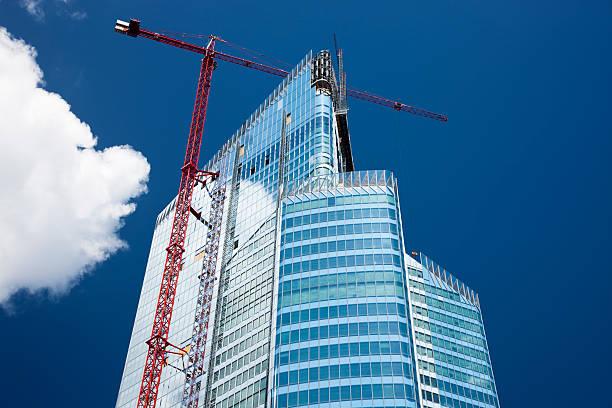 ufficio moderno edificio in costruzione, parigi, francia - torre struttura edile foto e immagini stock