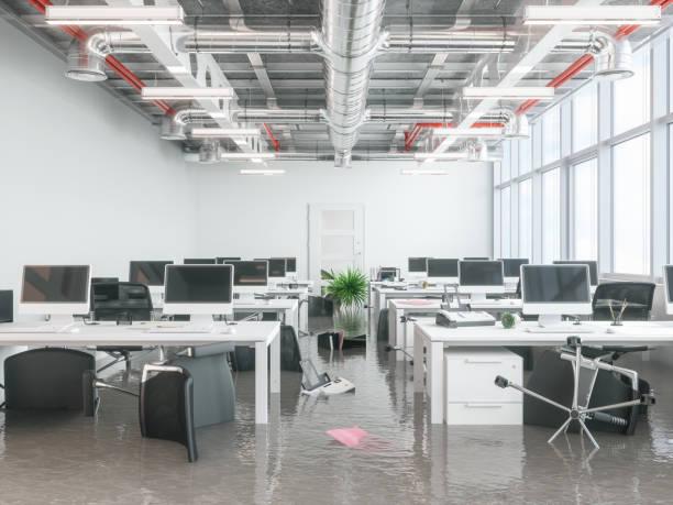 modern kantoor overspoeld - stuk stockfoto's en -beelden