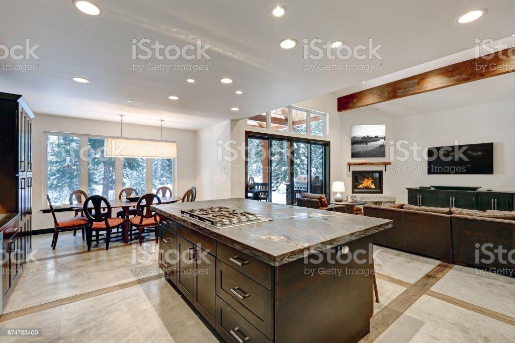 Moderne Offene Küche Bodengestaltung In Grautönen Stockfoto und mehr Bilder  von Architektur