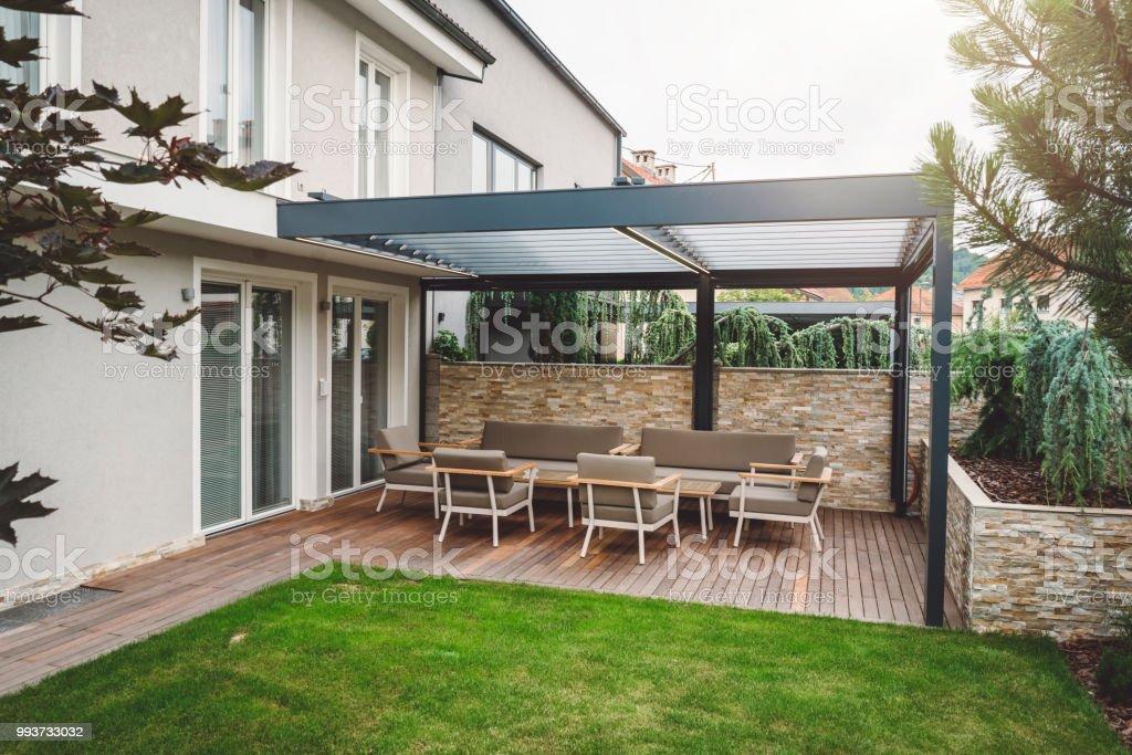 Moderne Terrasse Stockfoto und mehr Bilder von Architektur ...