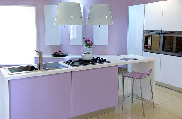modernes pink küche - küche lila stock-fotos und bilder