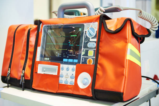 Moderne draagbare tweefase defibrillator foto