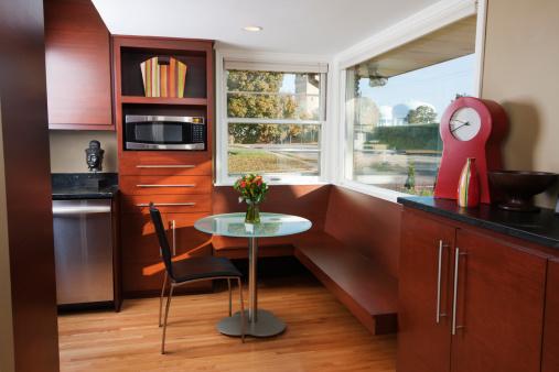 Modern Remodeled Kitchen - Coffee Table Hz