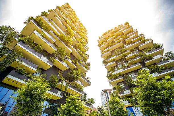 modern residantial district in milan - vertical - fotografias e filmes do acervo