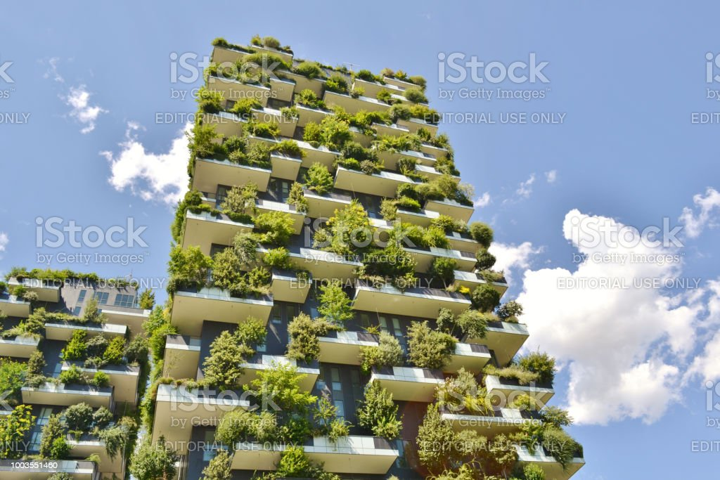 Modern residences Vertical Forest - Bosco Verticale- in the centre of Milan. - foto stock