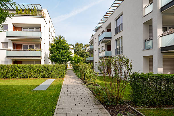 Modern residential buildings, apartments in a new urban housing Modern residential buildings, apartments in a new urban housing courtyard stock pictures, royalty-free photos & images