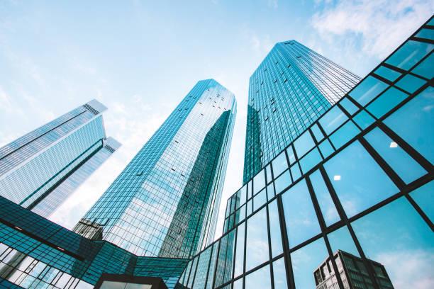 Moderne Wolkenkratzer im Geschäftsviertel – Foto