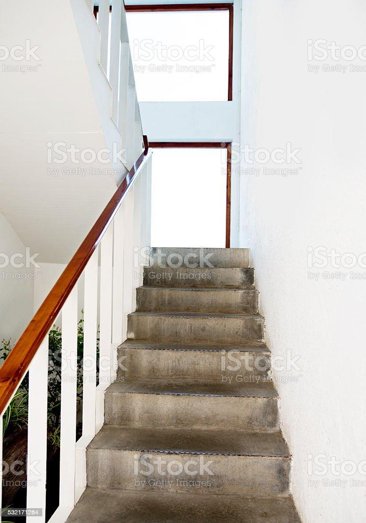 Photo libre de droit de Escalier Moderne Avec Gardecorps ...