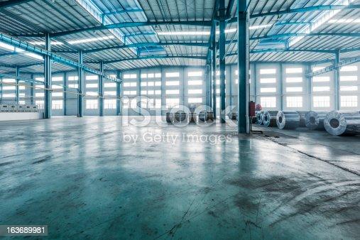 istock modern storehouse 163689981