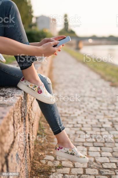 Modern street life picture id934080852?b=1&k=6&m=934080852&s=612x612&h=zw5atnoe6otmpy49vz33ywjdbnzlxaab6rcxmxnx2sm=