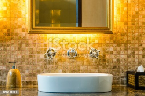 istock Modern style interior design of a bathroom 186116000