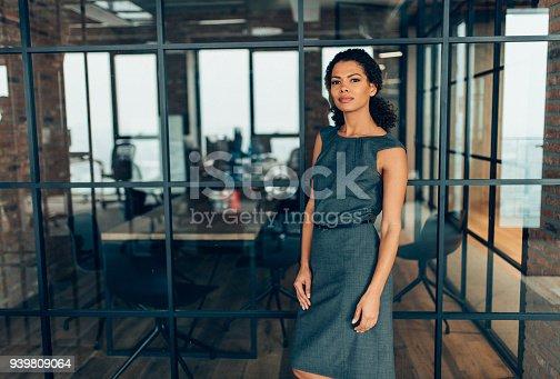 istock Modern successful businesswoman 939809064