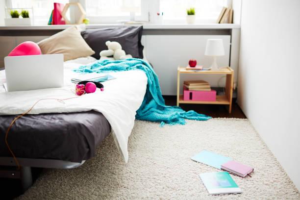 moderne teen zimmer - schlafzimmer teenager stock-fotos und bilder