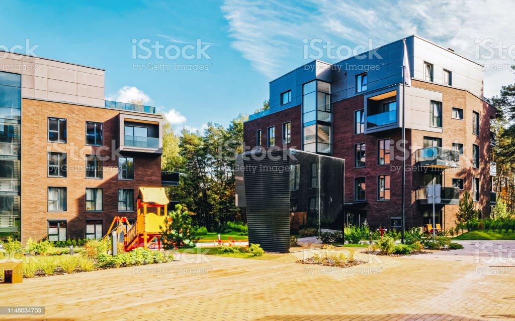 Moderno Complejo En Terrazas De Edificios Residenciales De
