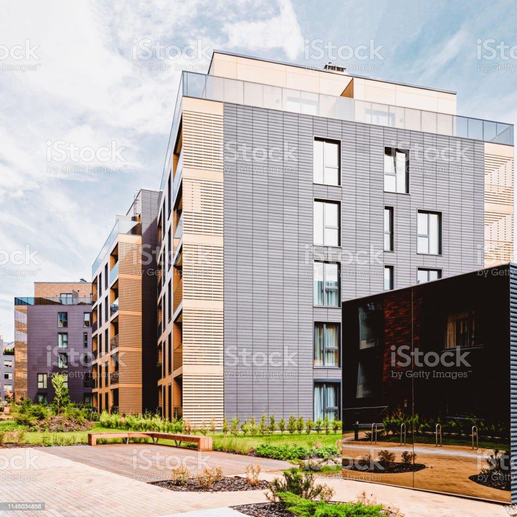 Moderno Complejo En Terrazas De Edificios Residenciales Foto