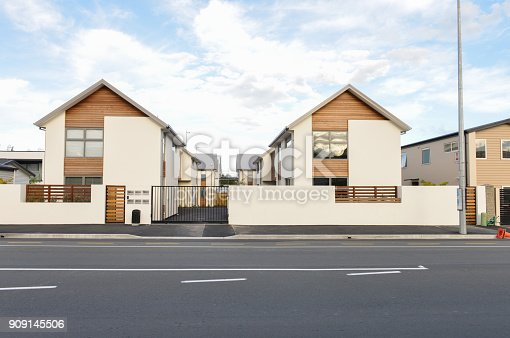 istock Modern townhome side the road in New Zealand 909145506