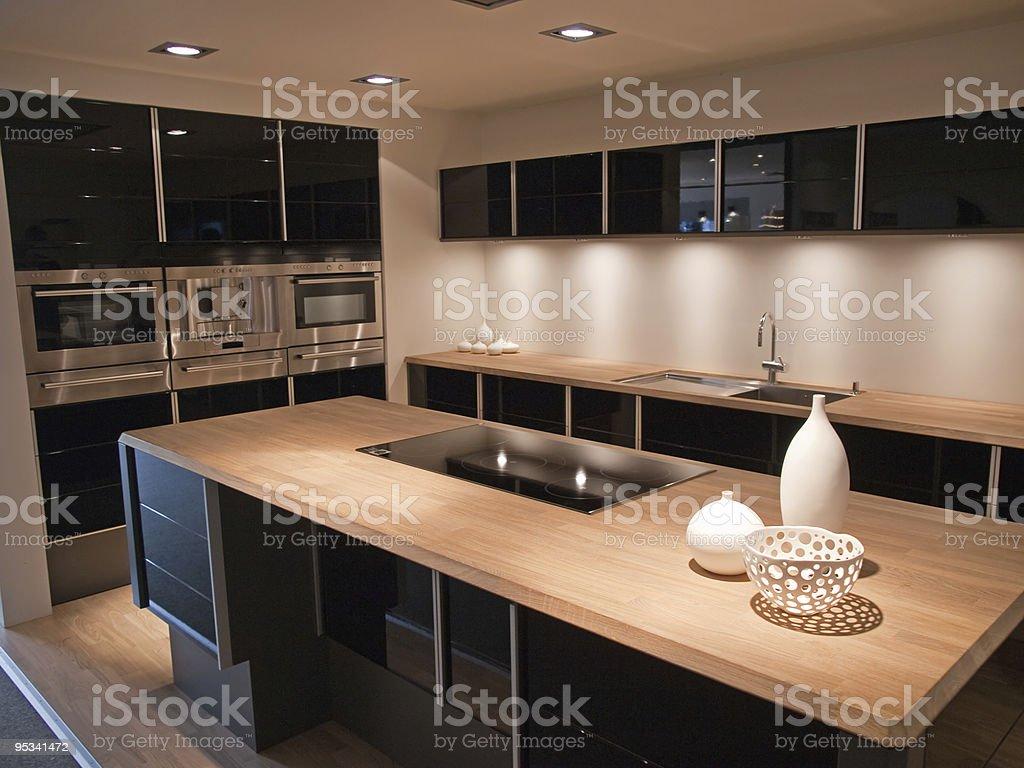 Modernes Trendiges Design Schwarz Holzküche Stockfoto und ...