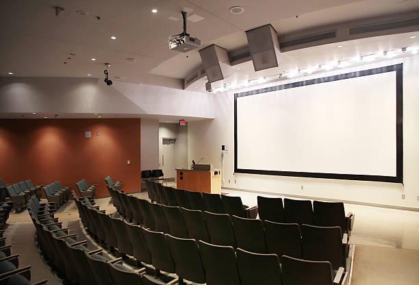 Universidad moderno salón de disertación - foto de stock