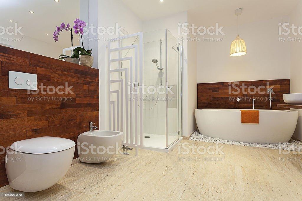Moderne Warmen Badezimmer Stockfoto und mehr Bilder von ...