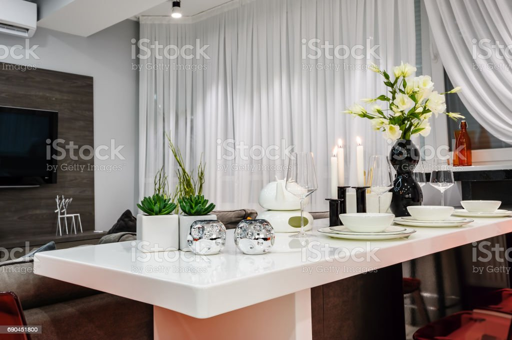 Modern White Dining Set In Luxury Dining Room Stock Photo - Download Image  Now