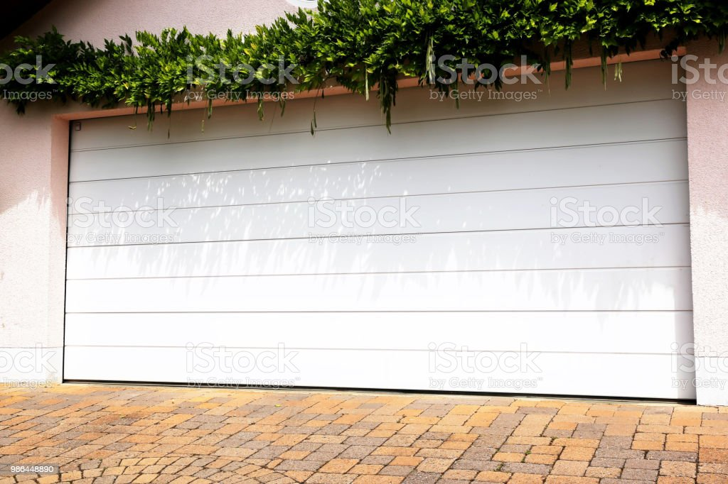 Modern White Garage Door Stock Photo More Pictures Of Bright Istock