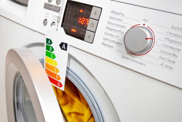 Moderne Waschmaschine mit Ökolabel stock photo